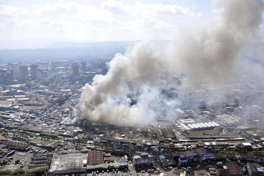 Vista aérea del incendio del 25 de marzo de 2014. (Foto: Conred)