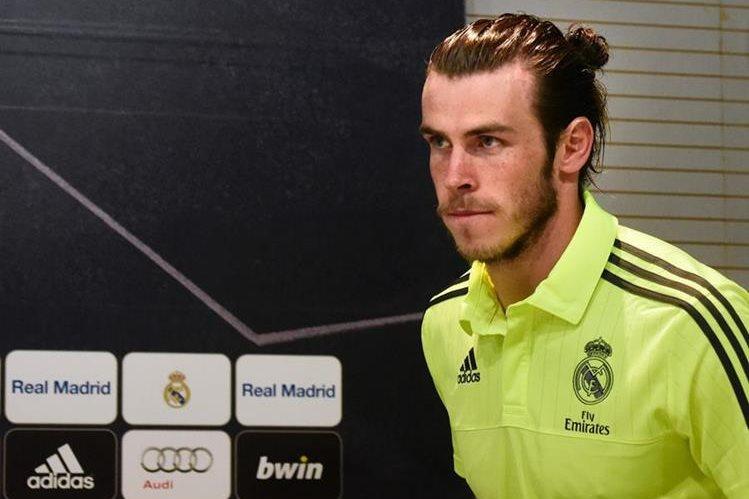 El jugador del Real Madrid, el gales Gareth Bale estima que el duelo frente al Barcelona será fuerte. (Foto Prensa Libre: EFE)