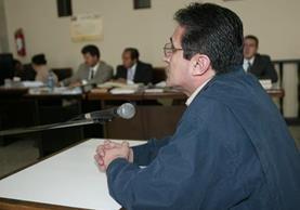 Byron Barrientos, en una audiencia por desvío de fondos, en 2005. (Foto: Hemerotera PL)
