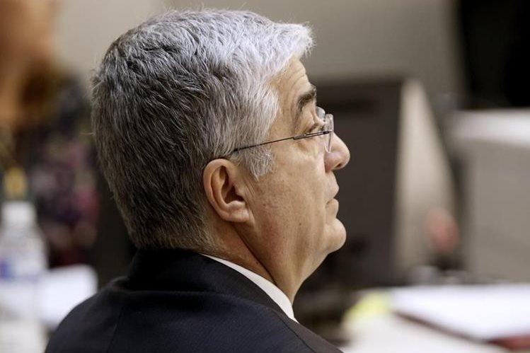 En España comenzó el juicio contra el exministro de Gobernación Carlos Vielmann, señalado de ejecución extrajudicial en un operativo en prisiones. (Foto Prensa Libre: EFE)