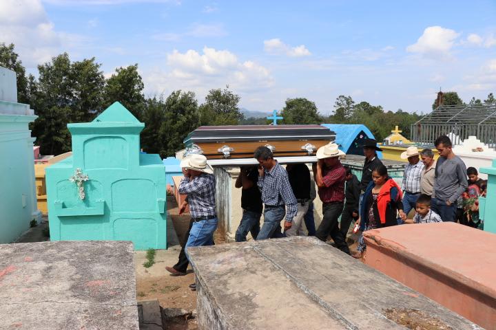 Cándido Noriega fue inhumado este lunes. (Foto: Hëctor Cordero)