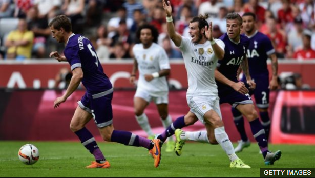 Real Madrid y Tottenham se enfrentaron en un partido de pretemporada en la Copa Audi en 2015, que terminó con victoria merengue 2-0. (Foto Prensa Libre: BBC Mundo)