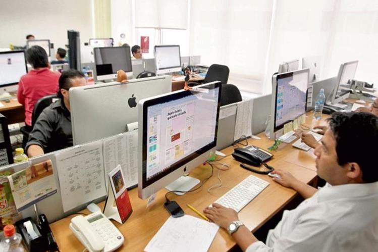 El uso de iluminación natural es un factor que ayuda a gastar menos energía en las empresas.