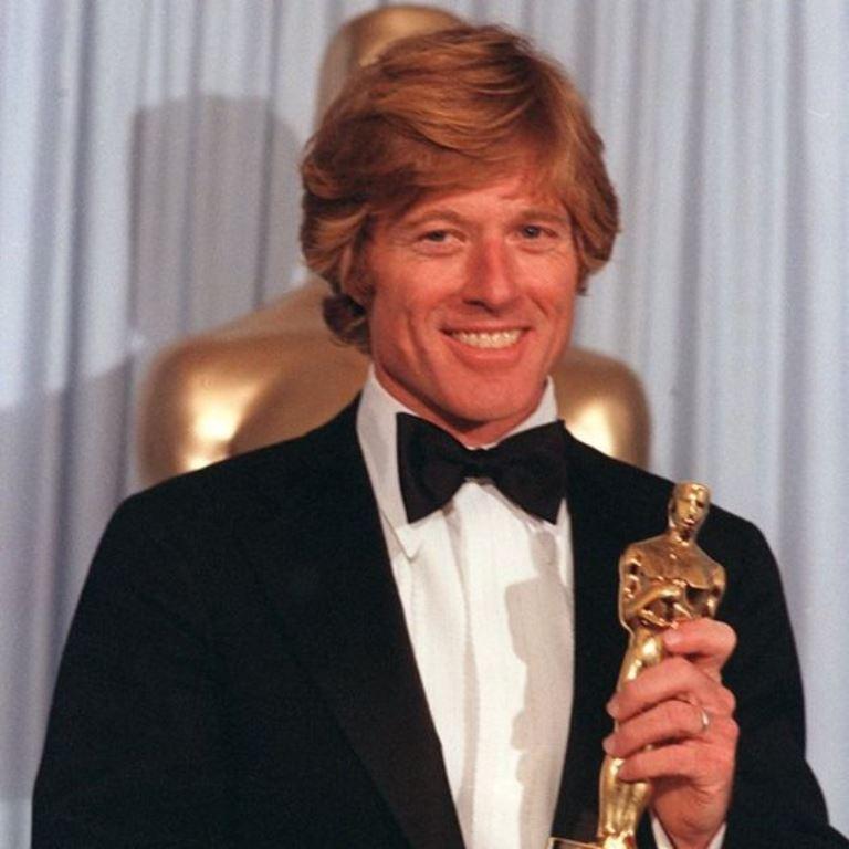 """El actor convertido en director Robert Redford logró el Oscar con su película """"Gente corriente"""". (AP)"""