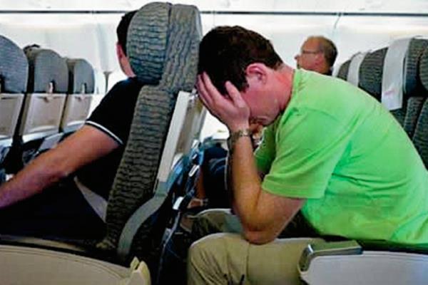 Evitando tomar un vuelo refuerza el miedo a volar. (Foto Prensa Libre, tomada de siquia.com)