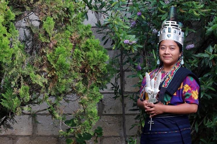 Lesly López Cabrera, actual Rabín Ajaw, es invitada de honor para evento cultural en Estados Unidos. (Foto Prensa Libre: Carlos Ventura)