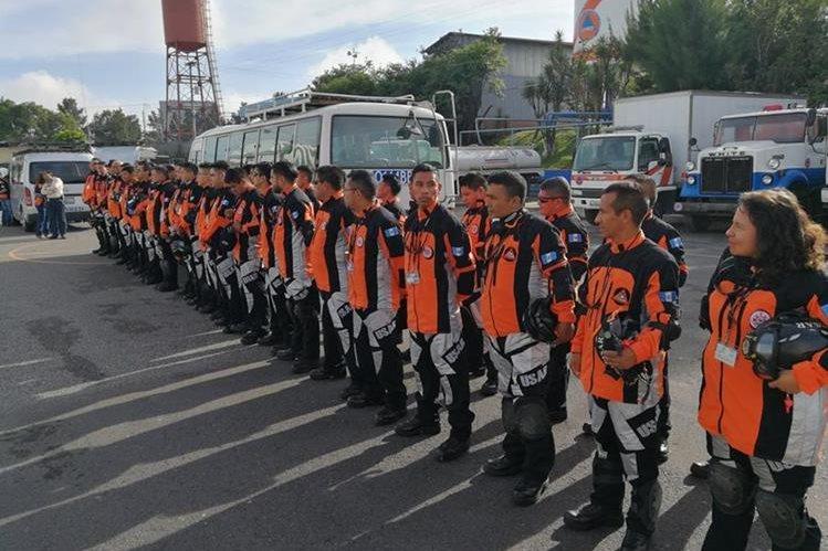Grupo especializado de Guatemala que apoyará las labores de rescate en México. (Foto Prensa Libre: Conred)