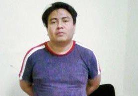 Mario Ernesto  Aj Coyoy  fue capturado sindicado de extorsión, en Retalhuleu. (Foto Prensa Libre: Jorge Tizol)