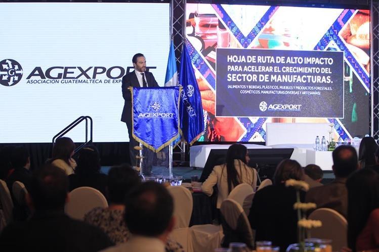 Agexport presentó su hoja de ruta para acelerar el desarrollo del sector manufacturero del país. (Foto Prensa Libre: Edwin Bercián)