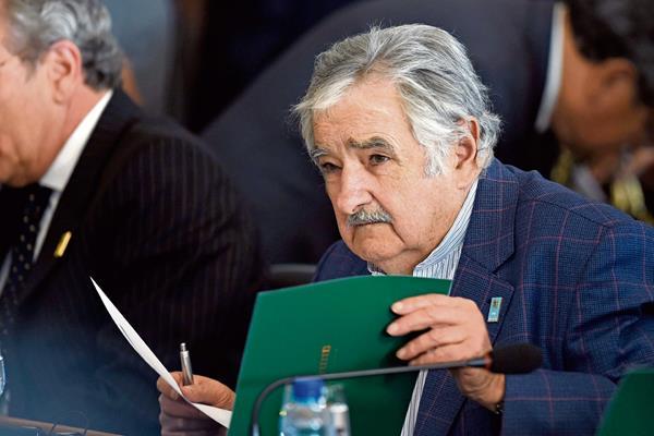 José Mujica en Brasil, en julio del 2014. (Foto Prensa Libre: AFP).