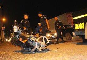 El accidente ocurrió en el km 293 de la ruta al Atlántico, Puerto Barrios, Izabal. (Foto Prensa Libre: Dony Stewart)