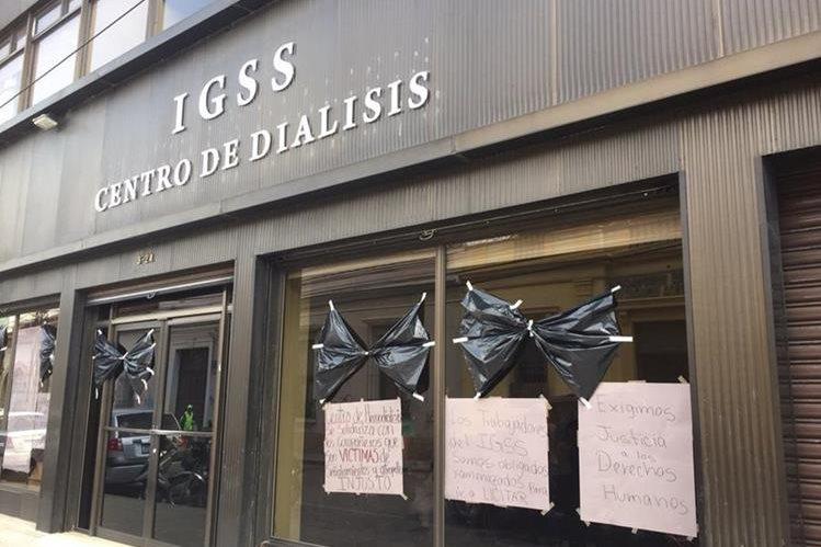 El IGSS no agiliza el tratamiento de hemodiálisis en la provincia, para favorecer a los pacientes afectados por el contrato IGSS-Pisa. (Foto Prensa Libre: Hemeroteca PL)