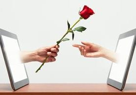 """La edad media de la víctima del """"fraude romántico"""" online en el Reino Unido tiene 49 años y pierde US$12.500. (GETTY IMAGES)"""