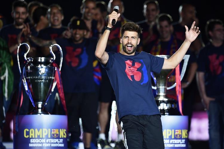Piqué ha generado molestia en los aficionados merengues por sus comentarios polémicos en contra del Madrid. (Foto Prensa Libre: Hemeroteca)