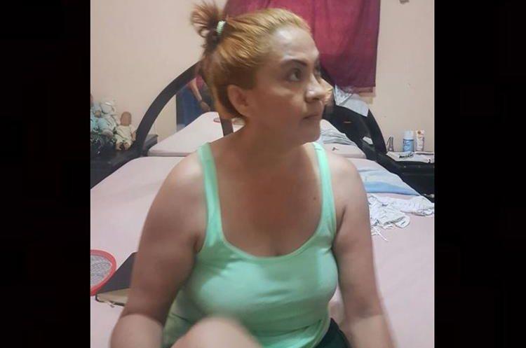 La Patrona luego de ser recapturada en El Salvador. Foto Prensa Libre: PNC de El Salvador.