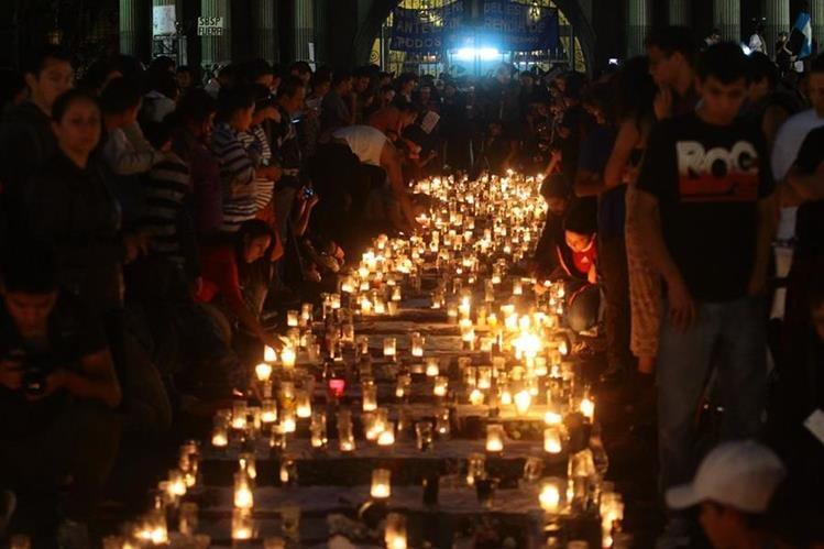La tragedia del Hogar Seguro desató indignación social. (Foto Prensa Libre: Álvaro Interiano)
