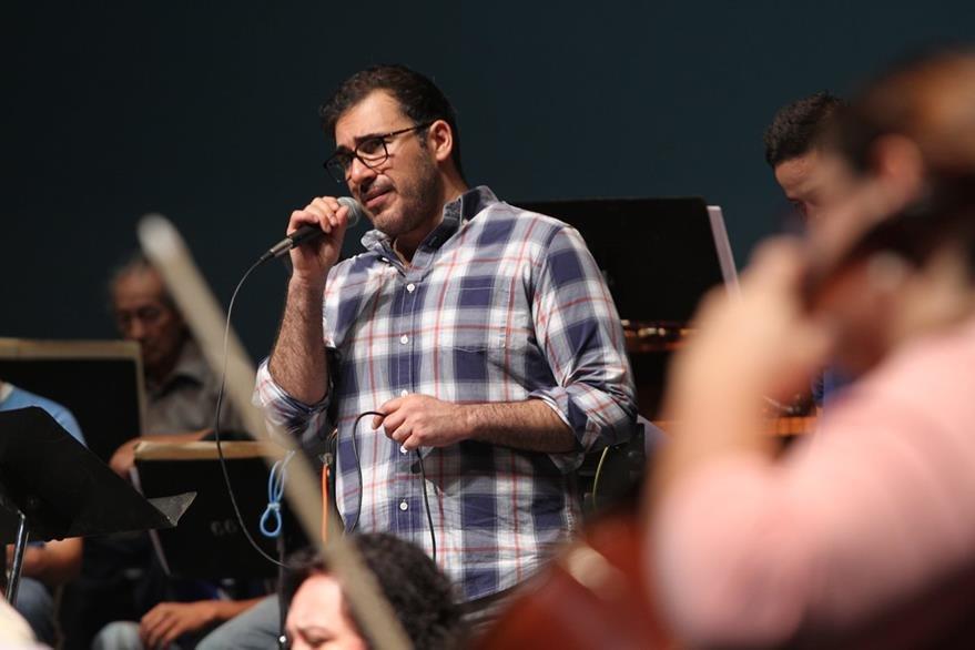 Francisco Páez, vocalista de Malacates, cantará junto a artistas invitados como Rebeca Lane. (Foto Prensa Libre. Keneth Cruz)