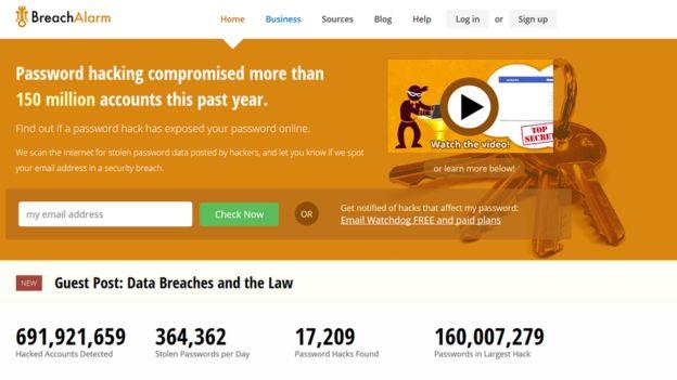 Breach Alarm te permite hacer un seguimiento gratuito para saber si tu cuenta está en el radar de los hackers.