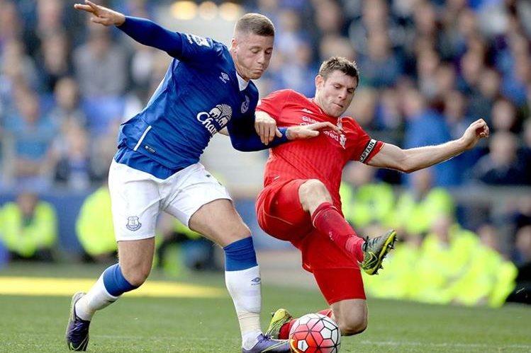 El Liverpool no pudo pasar del empate ante un aguerrido Everton. (Foto Prensa Libre: EFE)