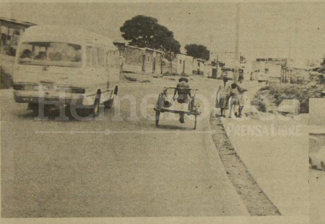 Las carretas aún era común observarlas por las calles y grandes avenidas donde podían transitar libremente. (Foto: Hemeroteca PL)