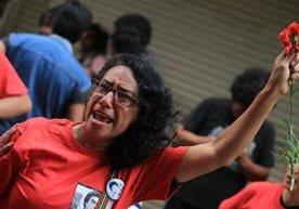 Sindicalistas y activistas marchan en la capital