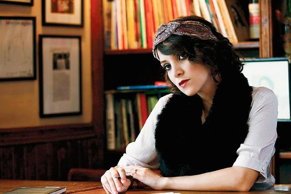 La voz de Gaby Morena ahora se escucha a través de un comercial que invita a vivir en dos mundos. (Foto: Prensa Libre: Hemeroteca).