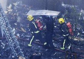 El fuego se podía ver desde varias zonas de Londres. (Foto Prensa Libre: BBC).