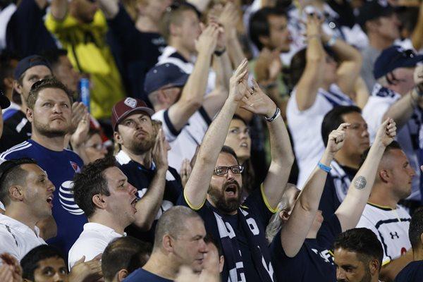 La afición de la Mayor League Soccer (MLS) ha asistido de forma masiva a los estadios estadounidenses (Foto Prensa Libre: AP)