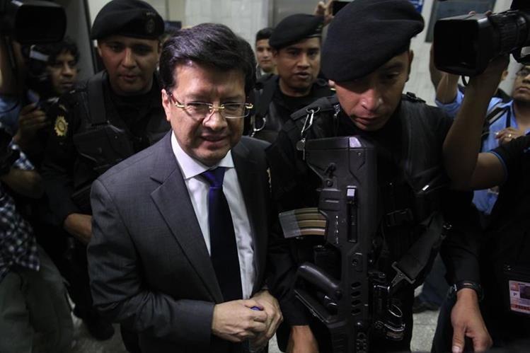 Douglas Charchal, exmagistrado de la CSJ, enviado a prisión preventiva por su posible participación en el caso TCQ. (Foto Prensa Libre: Hemeroteca PL)