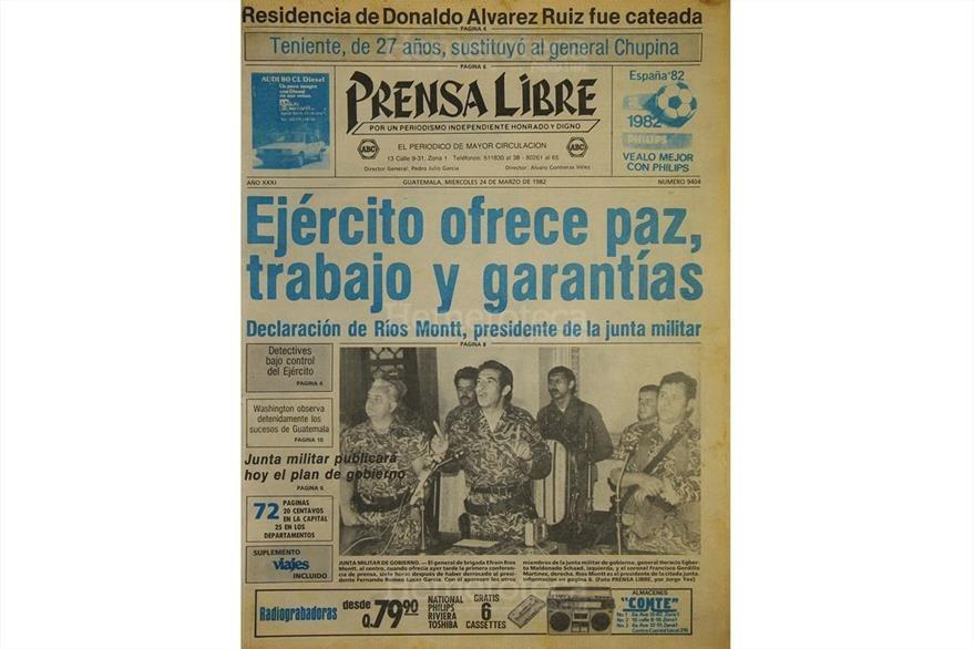 Portada del 24 de marzo de 1982 con la fotografía oficial del golpe de Estado. (Foto: Hemeroteca PL)