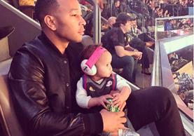 John Legend es uno de los padres celebridad más activo en las redes sociales. Una buena parte de sus publicaciones en Instagram son sobre su hija Luna. (Foto Prensa Libre: Bella Naija).