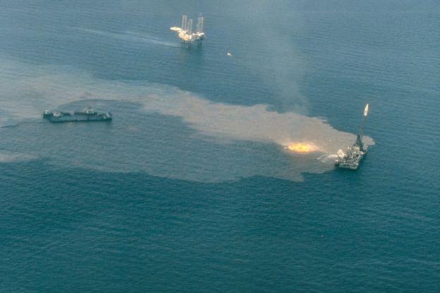 El derrame de la Deepwater Horizon ha causado enorme daño a los barcos hundidos en el golfo de México. NOAA