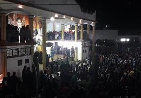 Los índices de violencia en Santa María Visitación, Sololá, se mantienen bajos gracias a que los pobladores participan en eventos sociales. (Foto Prensa Libre: Ángel Julajuj)