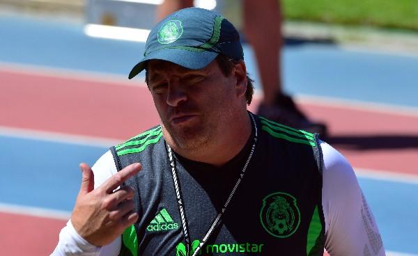 Miguel Herrera está triste por haber perdido el sueño mundialista con el Tri. (Foto Prensa Libre: Hemeroteca PL)