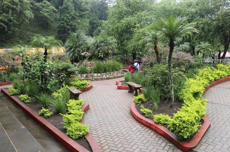 Balneario El Nacimiento en San Pedro Yepocapa, un lugar perfecto para un descanso de fin de semana. (Foto Prensa Libre: Víctor Chamalé)