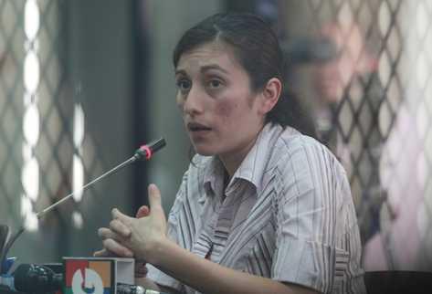 Yennifer Alquijay es sindicada de haber dado muerte a su hija de 3 años, a golpes. (Foto Prensa Libre: Oscar Rivas)