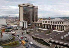 El país muestra crecimiento estable, pero existen retos económicos. (Foto Prensa Libre: Hemeroteca PL)