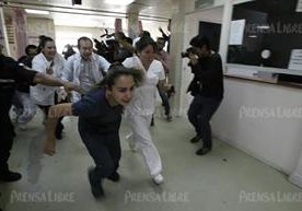 Autoridades han capturado a sospechosos de la balacera en el hospital nacional de la zona 11 de la capital.