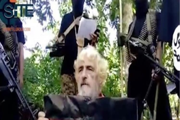 El grupo terrorista filipino Abu Sayyaf ha publicado un video de la decapitación del rehén alemán Jurgen Gustav Kantner.(AP)