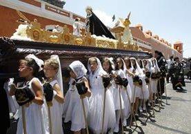 Procesión infantil de de la Parroquia de Santo Domingo de Guzmán recorre la zona 1.. (Foto: Paulo Raquec)