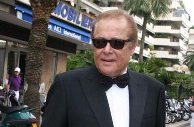 Durante su vida recibió varios premios, sobre todo en el mundo árabe.