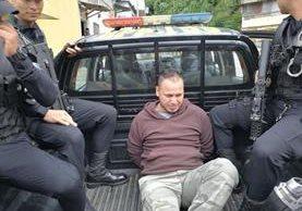 Luís Alberto Meléndez fue capturado en colonia 5 de Octubre en la zona 1, sindicado de extorsión. (Foto Prensa Libre: PNC)