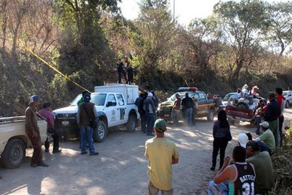 "<p>El Ministerio Público llega a la escena del crímen. Foto/ <span class=""gD"">Hugo Oliva Rossill</span></p>"