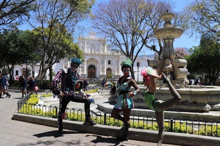 Los artistas tienen planeado explorar la ciudad de Guatemala en sus tiempos libres. (Foto Prensa Libre: Renato Melgar).