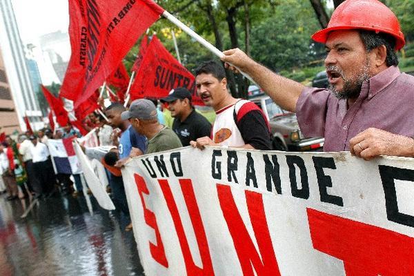 Nuevo aumento al salario mínimo en Panamá regirá por dos años. (Foto Prensa Libre: Archivo).