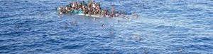 Se hunden dos barcos con migrantes.