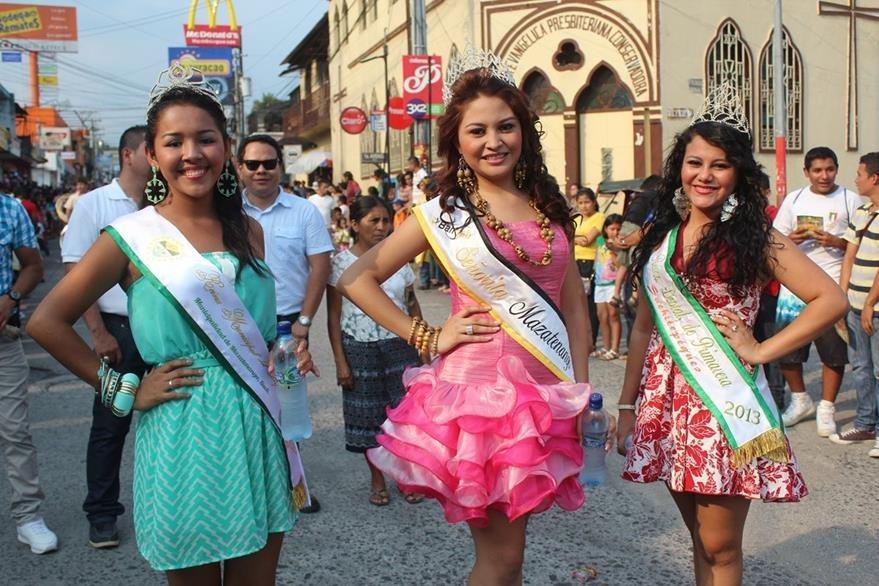 La belleza de las mujeres mazatecas es representada cada año por las Reinas del Carnaval. (Foto: Hemeroteca PL)