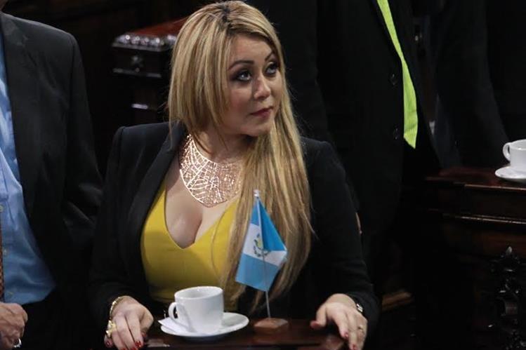 Emilennee Mazariegos del PP no podrá competir por otro período en el Congreso, además se someterá a un proceso de antejuicio. (Foto Prensa Libre: Hemeroteca PL)