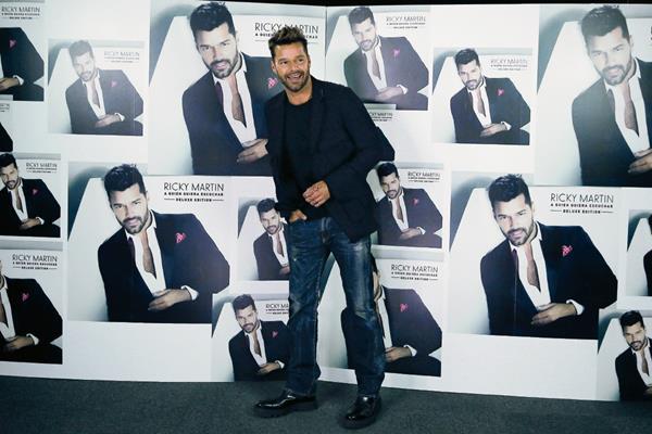 El cantante puertorriqueño Ricky Martin durante la entrevista en España. (Foto Prensa Libre: EFE)