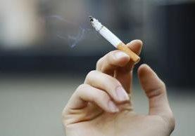 Los cigarrillos light tienen filtros agujereados, causantes del aumento en los últimos 50 años del adenocarcinoma pulmonar.